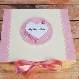 Niezbędnik małżeński – kremowo-różowy
