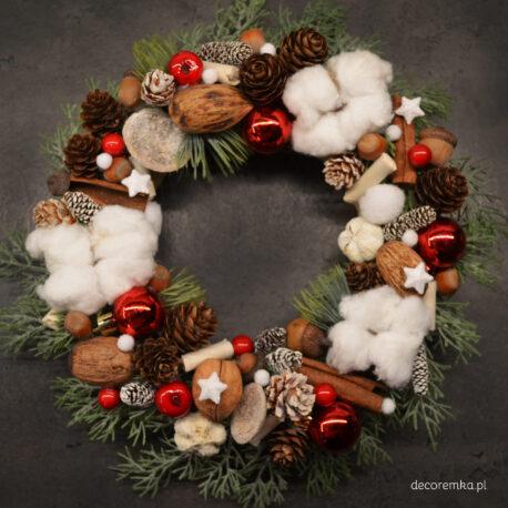 wianek świąteczny z bawełną